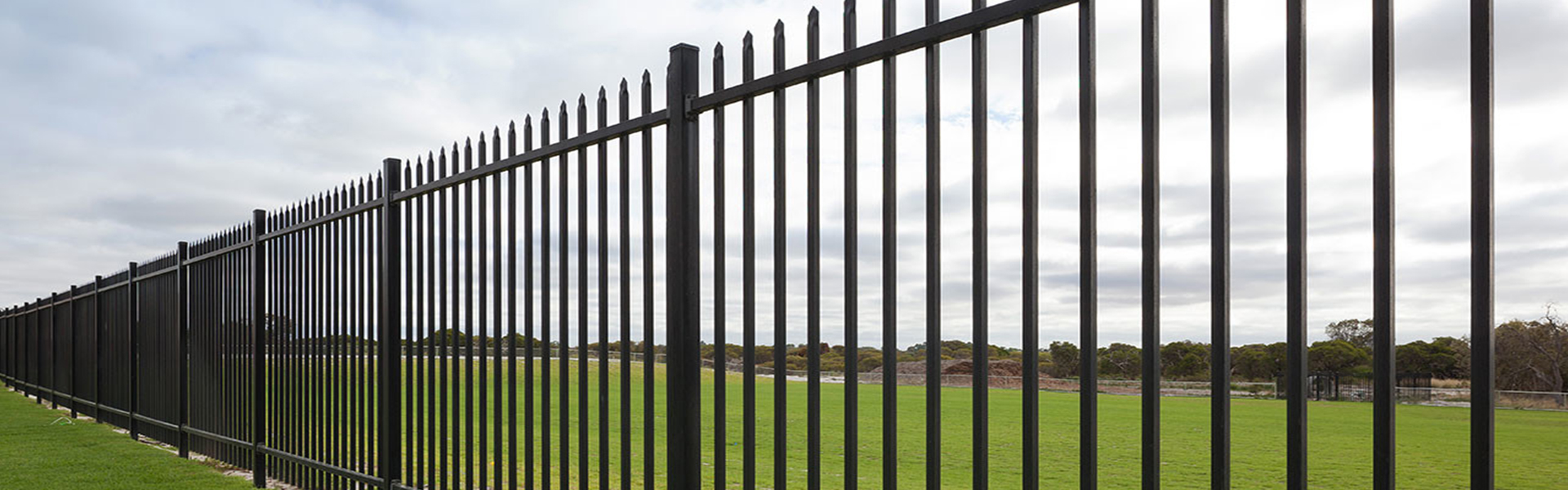 Galvanized-steel-Fence